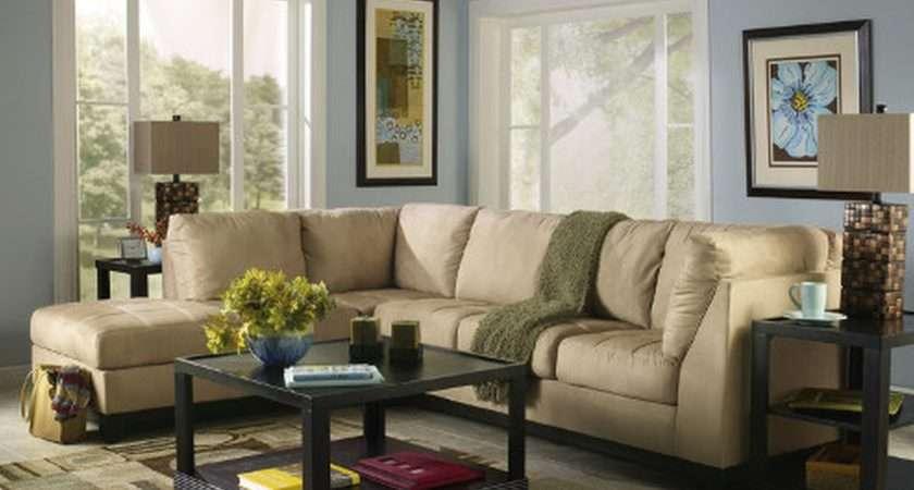 Living Room Amazing Decoration Trendy Design