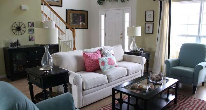 Living Room Decorating Ideas Budget