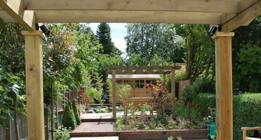 Long Thin Garden Design Crowthorne Berkshire