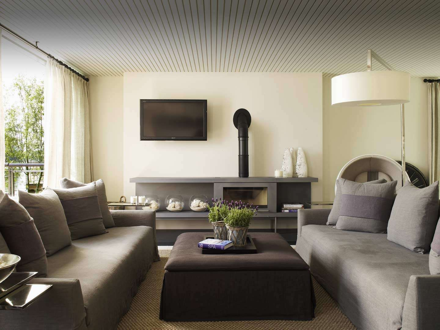 Love Dark Wooden Coffee Table Kelly Own Apartment
