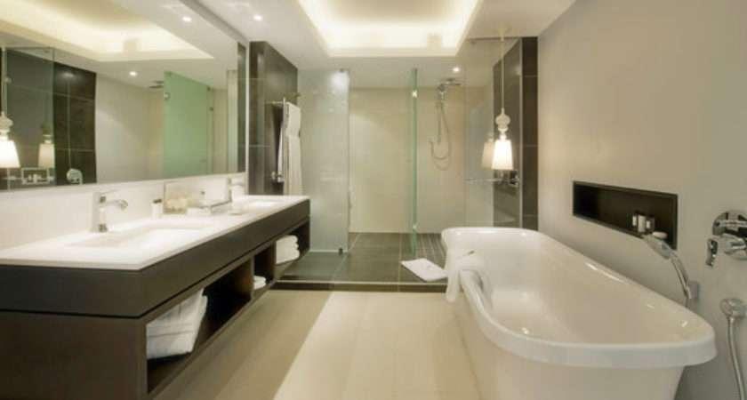 Luxury Master Bathroom Suites