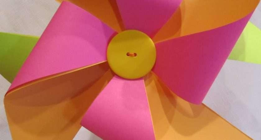 Make Paper Pinwheel Tutorial Wendys Hat