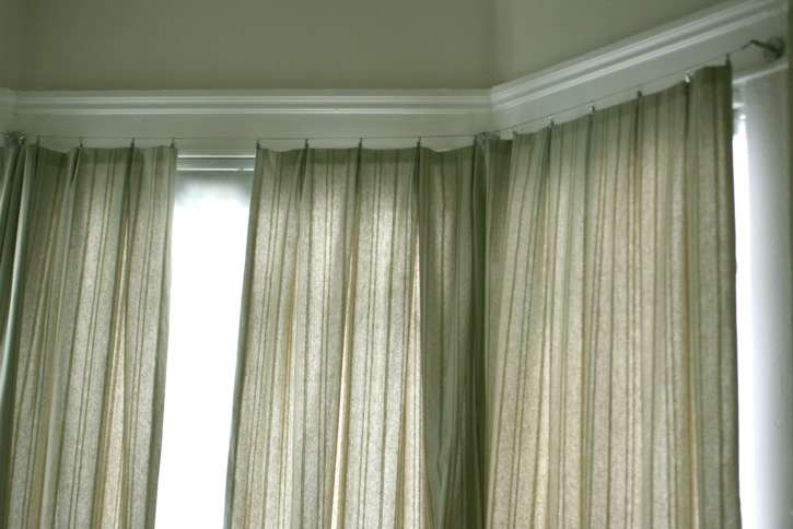 Make Valance Curtain Cover Shiny Gloss Interior