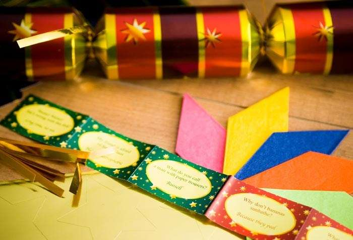 Make Your Own Christmas Crackers Gettingpersonal