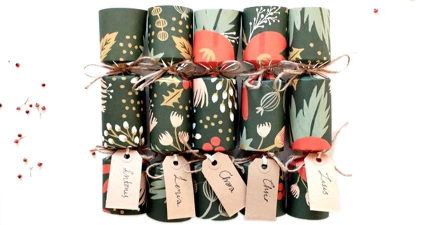 Make Your Own Gorgeous Christmas Crackers
