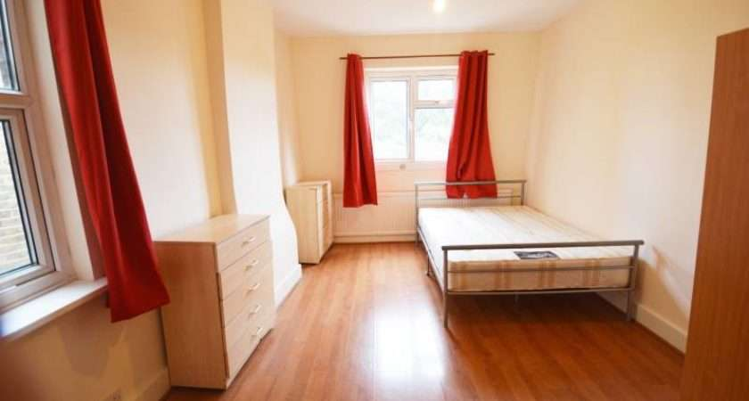 Manor House Double Bedroom Apartment Room Rent