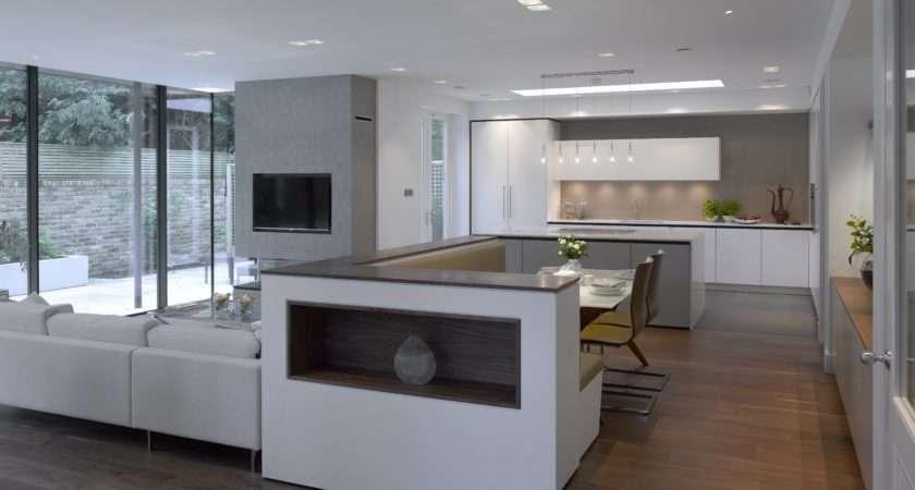 Matt Lacquer Bespoke Kitchen Roundhouse Pieced