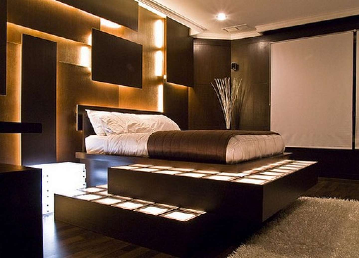 Minimalist Master Bedroom Design Ideas