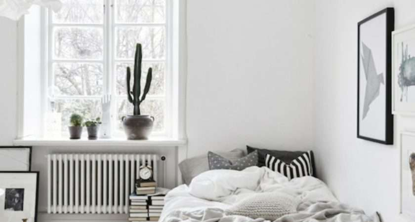 Minimalist Small Bedroom Monochromatic Color