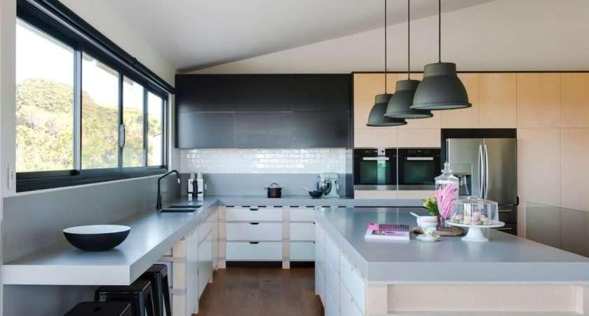 Minosa Unique Kitchen Design Solution Based Palette