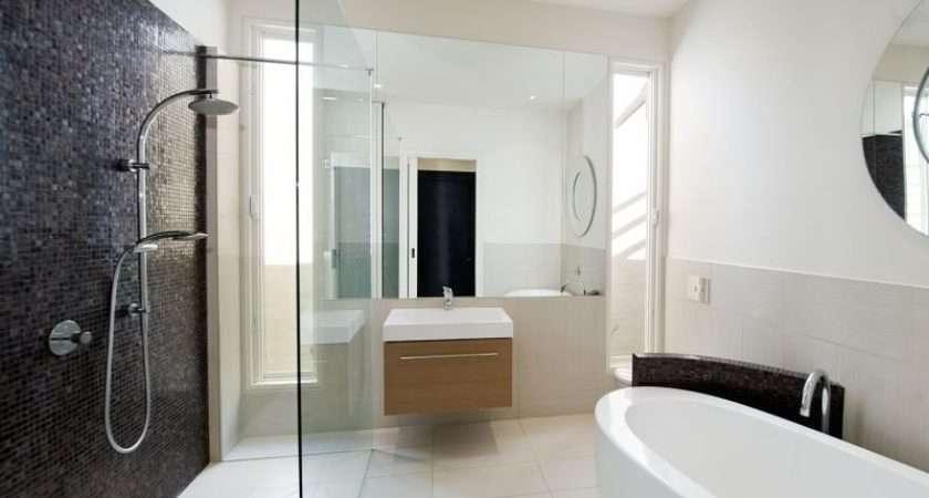 Modern Bathroom Design Freestanding Bath Using Ceramic