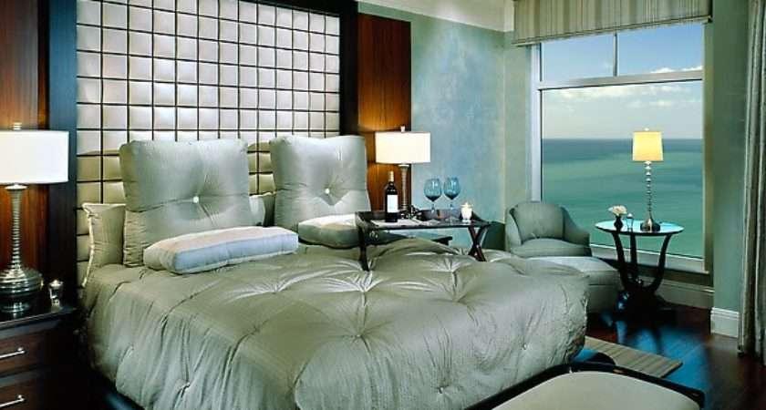Modern Furniture Romantic Valentine Day Bedroom