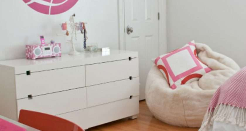 Modern Girls Bedroom Pink Orange Simplified Bee