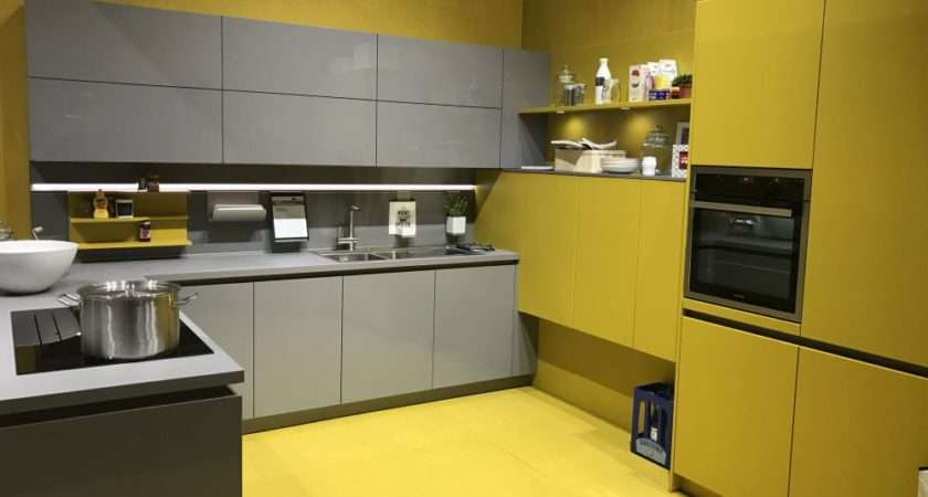 Modern Gray Kitchen Cabinets Beat Monotony Style