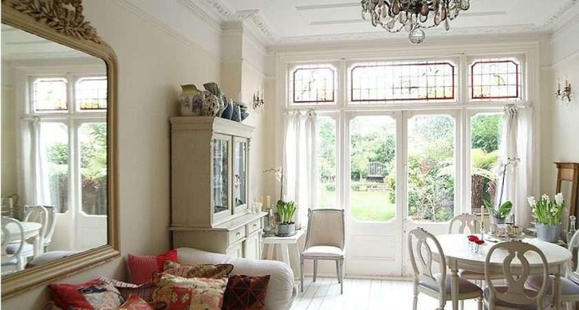 Modern Interior Design Based Edwardian Style