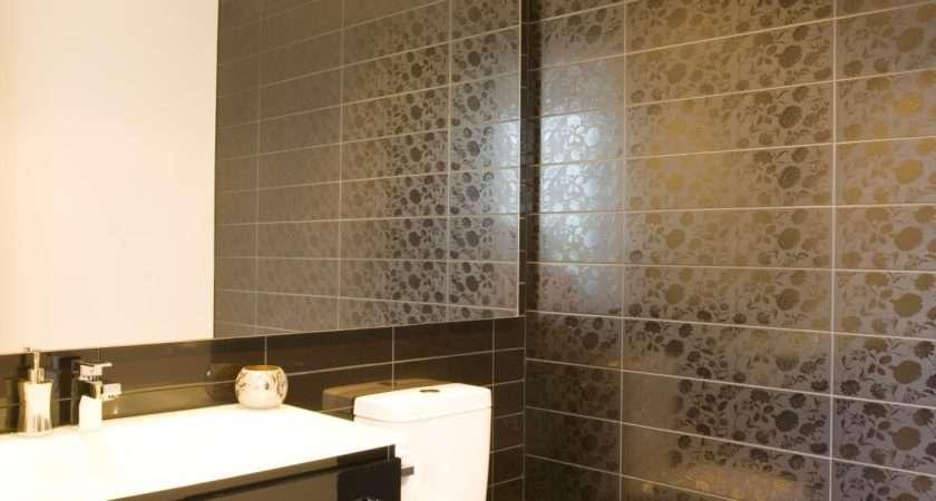 Modern Luxury Bathrooms Designs