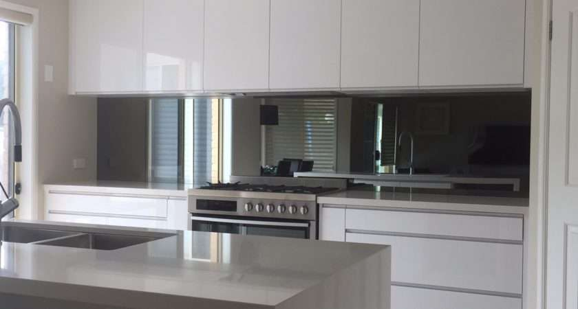 Modern Mirrored Kitchen Splashback Amazing