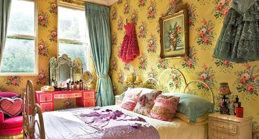 Must Antique Style Bedrooms Vintage Industrial