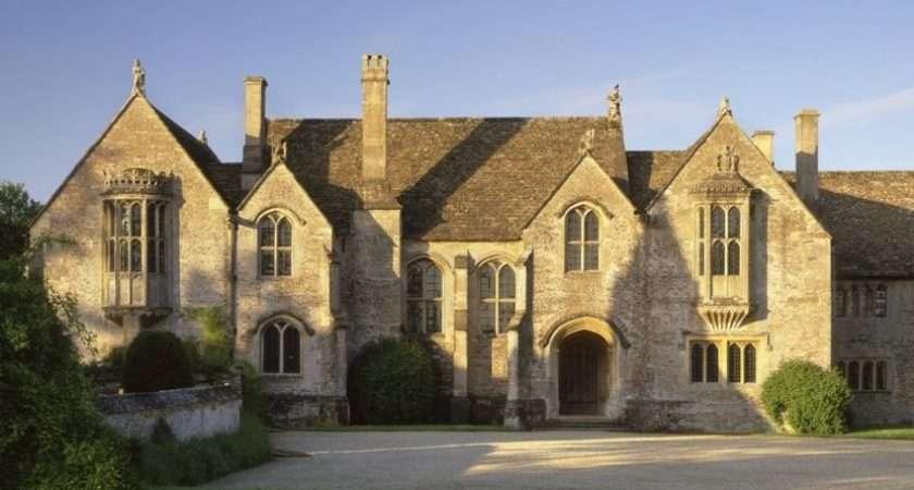 National Trust Great Chalfield Manor Garden