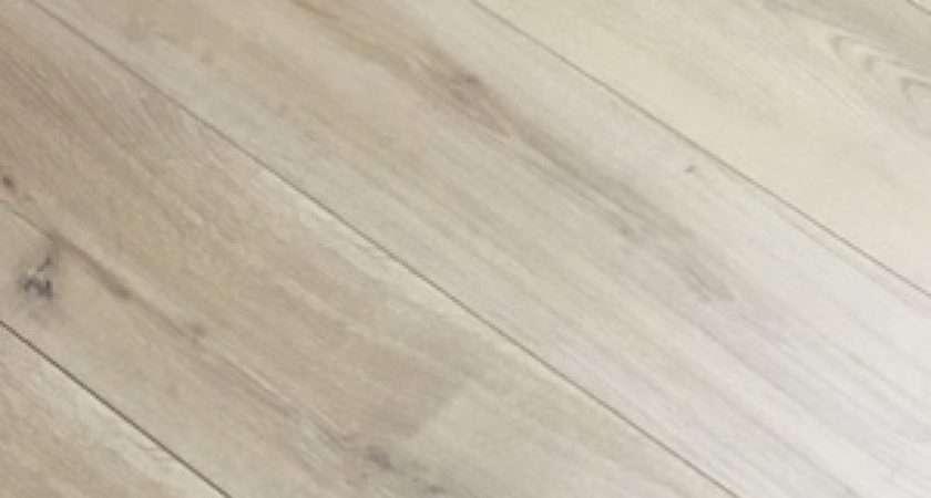 Natural Light Oak Engineered Flooring Fsc Certified