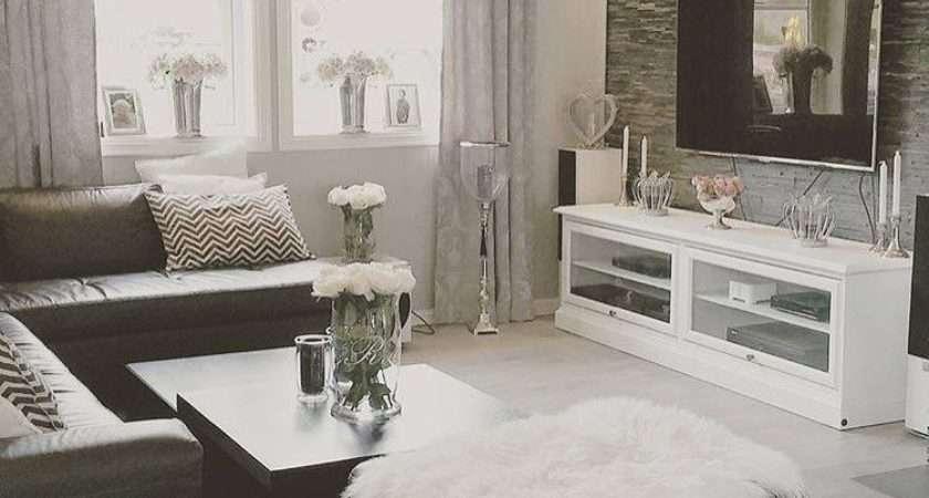 Need Living Room Makeover Home Decor Pinterest
