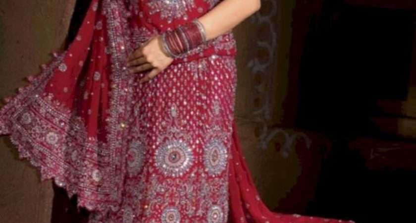 New Dulhan Dress Fashion Fancy