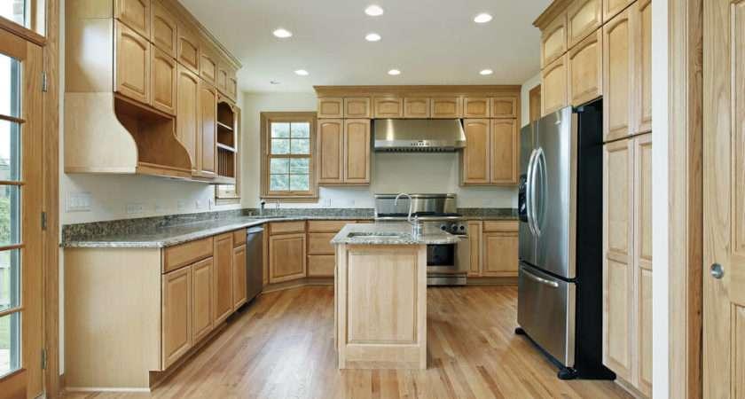 New Spacious Light Wood Custom Kitchen Designs