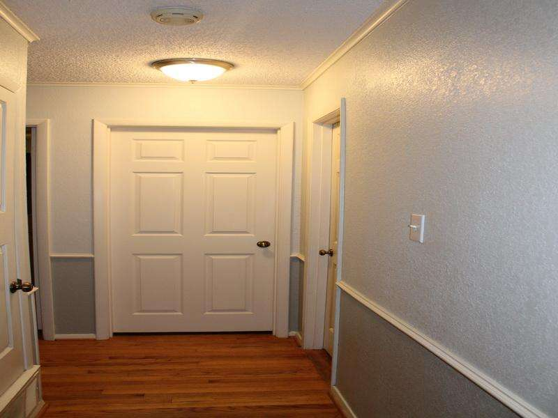 Paint Colors Hallways Beautiful White
