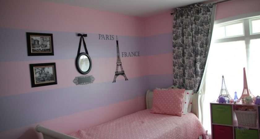 Paris Med Bedroom Themed