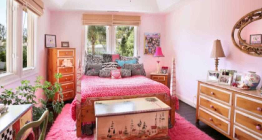 Pink Color Looks Beautiful Gorgeous Bedroom