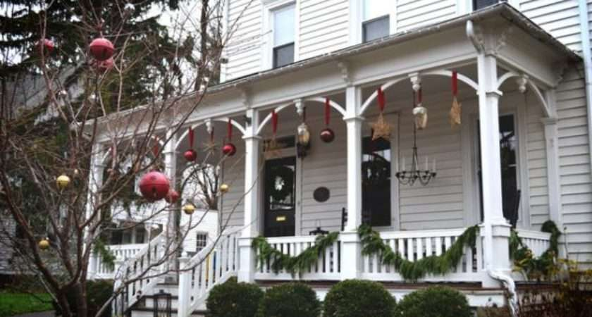 Porches Patios Dressed Christmas Ideas