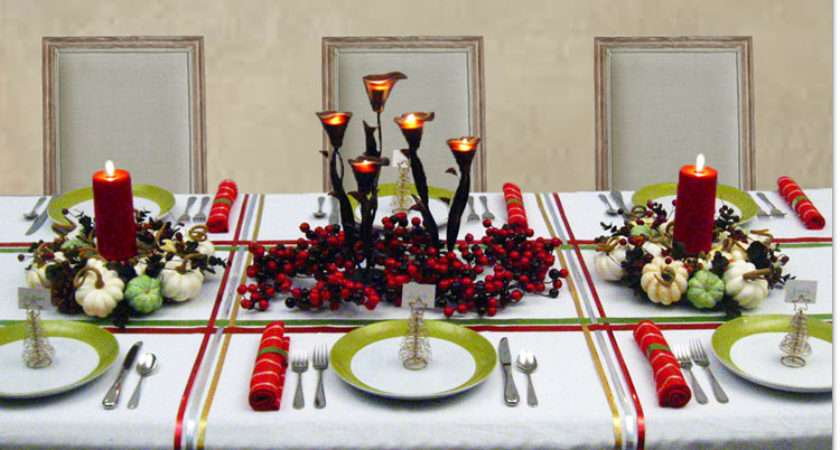 Red Green Gold Christmas Table Decorations