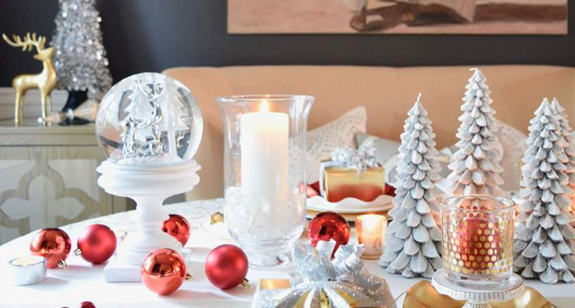 Red White Gold Holiday Tablescape Twist