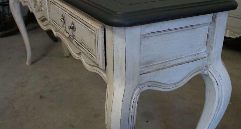 Reloved Rubbish Graphite Pure White Console Table