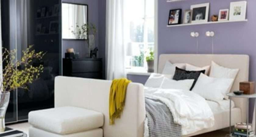 Retro Themed Bedroom Color Scheme Idea