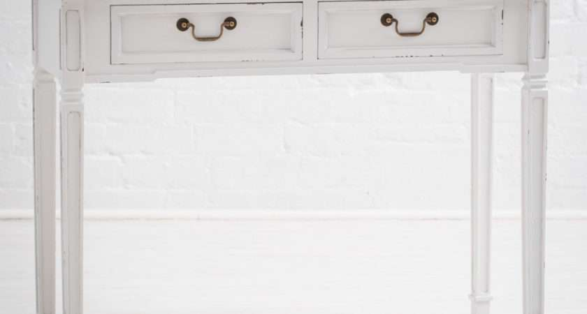 Rhode Island Distressed White Painted Drawer Console