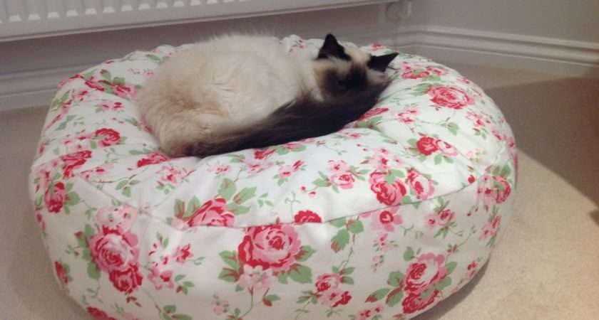Rosali Designed Cath Kidston Fabric Pet Bed Cat Dog