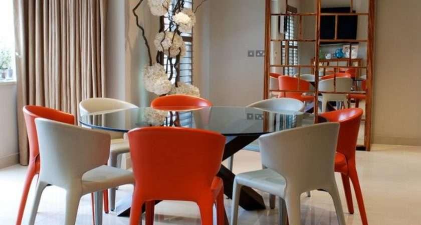 Round Glass Dining Tables Make Stylish Impression