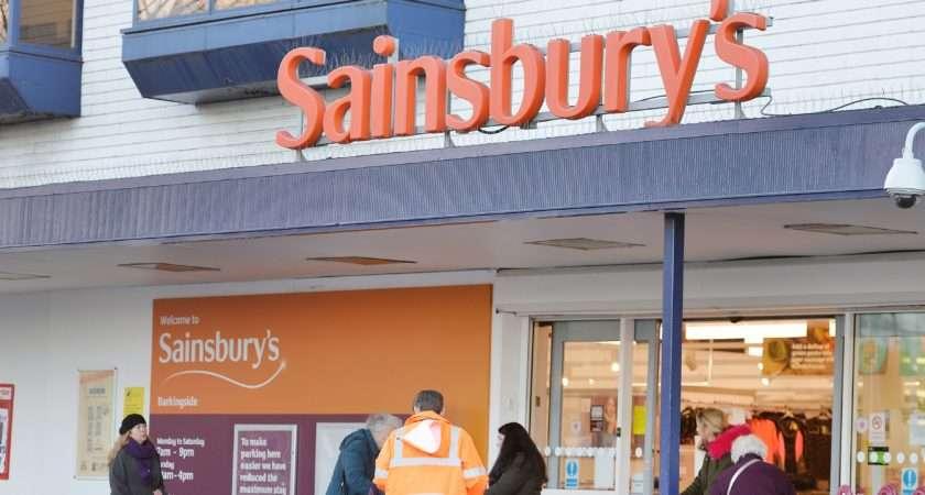 Sainsbury Tables Bid Home Retail Group Itv News