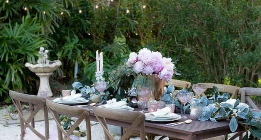 Set Beautiful Holiday Table Budget