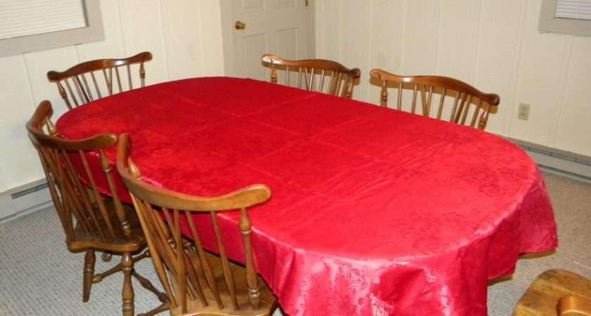 Setting Christmas Table Budget