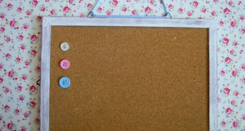 Shabby Chic Vintage Style Pin Board Drawing Buttons