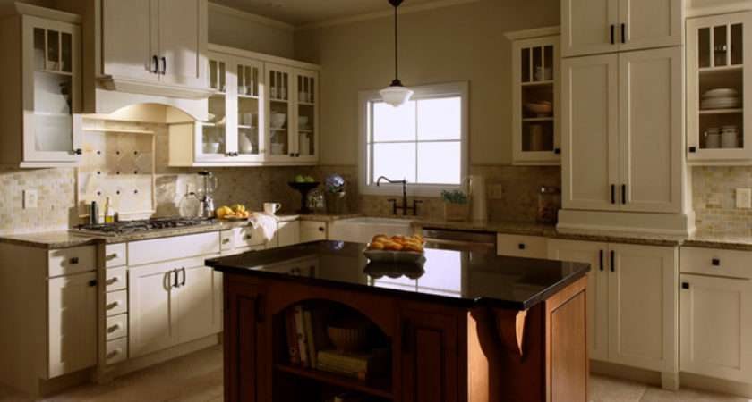 Shaker Square Kitchen Traditional