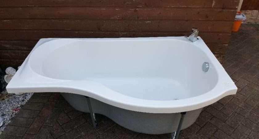 Shaped Bath Panel Shower Screen