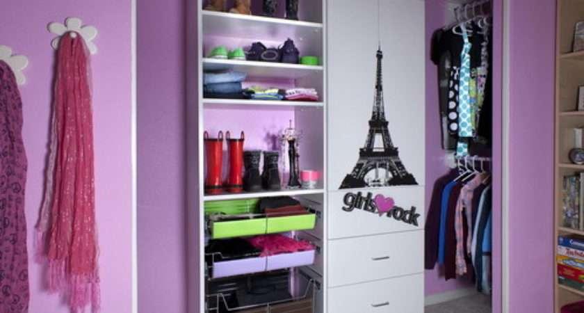 Simple Walk Closet Design