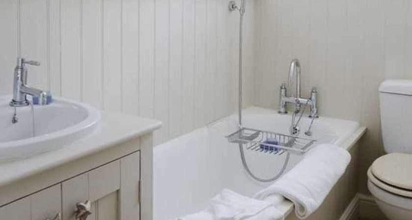 Small Coastal Style Bathroom Design Ideas