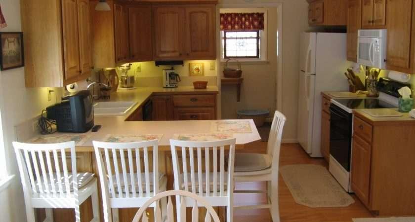 Small Kitchen Design Breakfast Bar Ideas