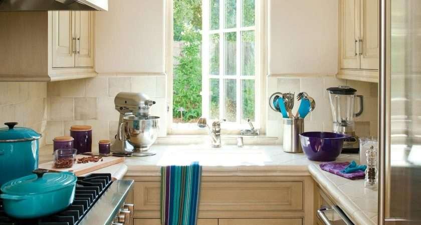 Small Kitchen Makeovers Ideas Tips Hgtv
