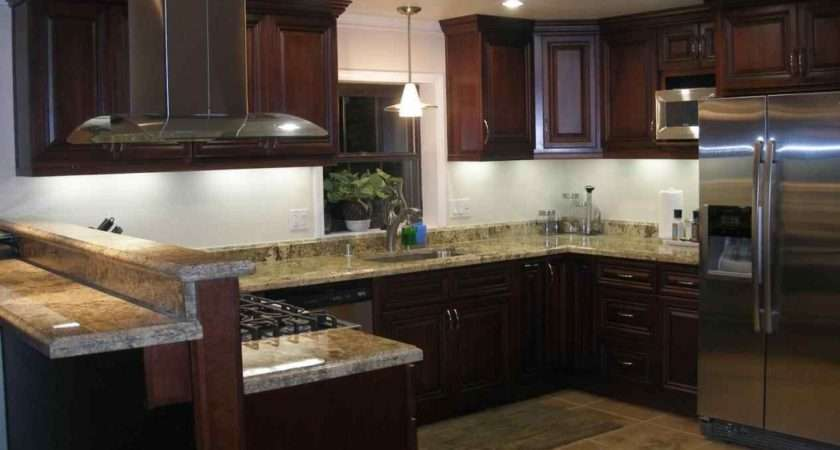 Small Square Kitchen Design Layout Deductour