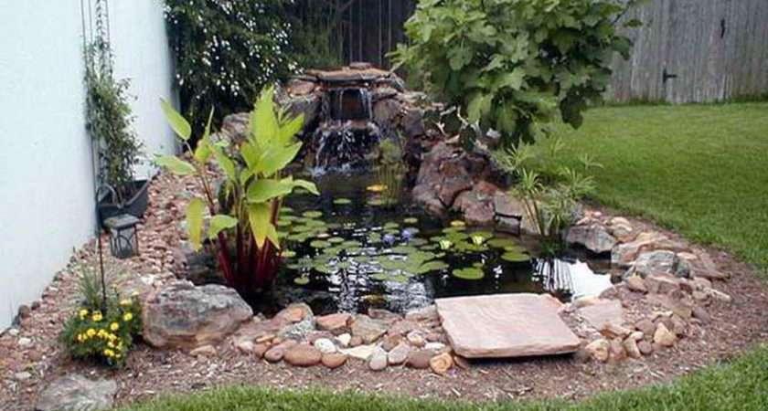 Solar Powered Water Fountain Small Garden Swamp Theme